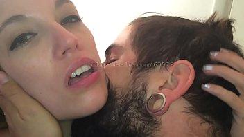 Парень подбирает притягательную девушку и шпорит её на студии