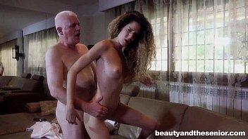 Секс студента с юный учительницей