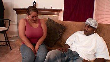 Две госпожи обижают юного раба и никак не дают ему испытать оргазм