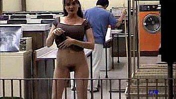 Подборка видео с кастингов с грубым сексом неопытных женщин в ротики и мохнатки